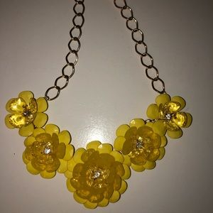 YELLOW FLOWER NECKLACE 💛✨🐥🌻🌼⭐️☀️